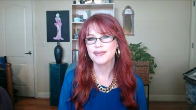 Lauri Loewenberg - Wild Business Growth Podcast #121 Dream Expert, Certified Dream Analyst