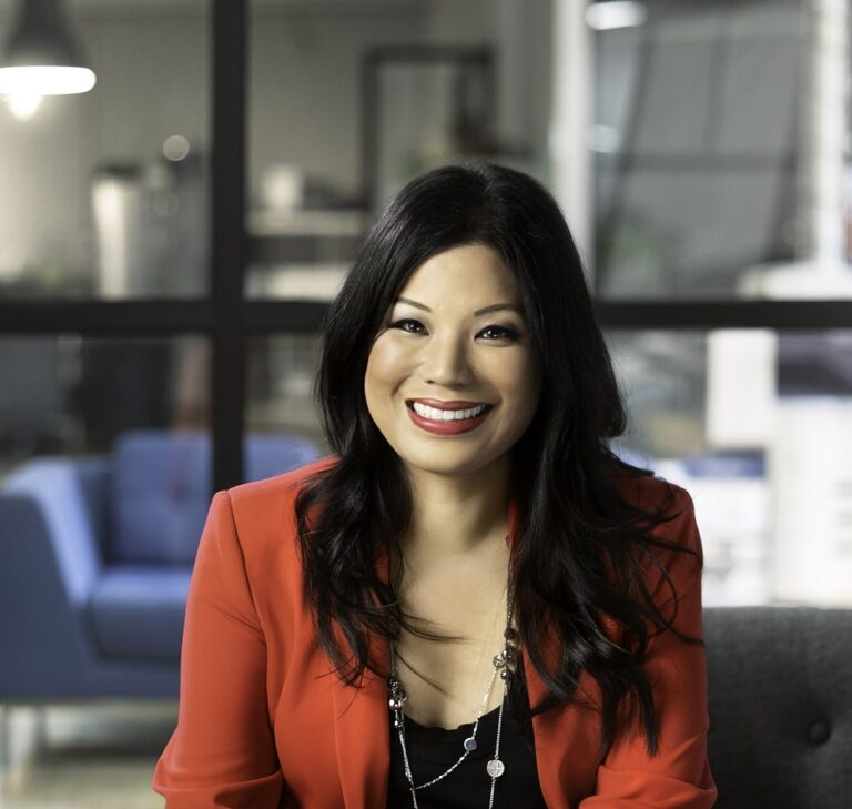 Winnie Sun - Wild Business Growth Podcast #140: Wealth Whisperer, Fantastic Finance Entrepreneur